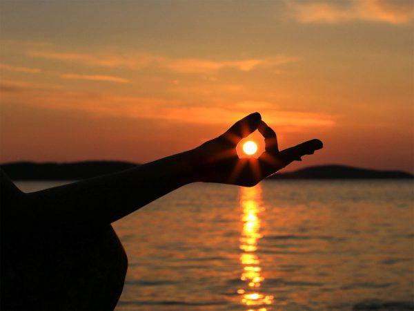 yoga-mente-cuerpo-y-espiritu